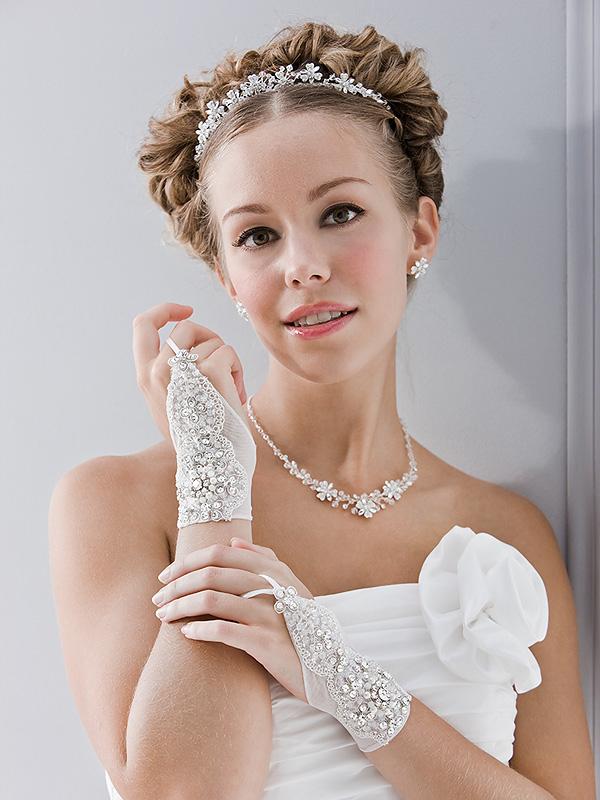 Accessoires Brautkleid | Traumhafte Accessoires Perfekt Auf Ihr Brautkleid Abgestimmt